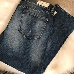 NWT Banana republic boyfriend jeans sz 32